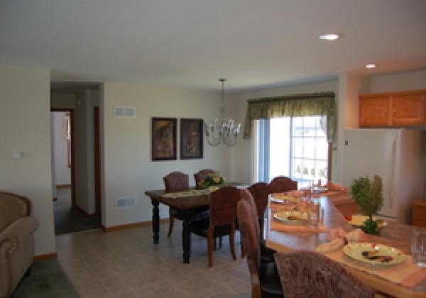thimg_Richmond-B-I_600x420 Properties
